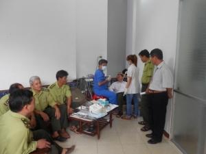 Đoàn Trung tâm Nha khoa HP. TP Hồ Chí Minh đến Vườn quốc gia Côn Đảo khám chữa bệnh răng cho CCVC