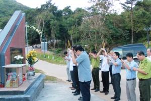 Đồng chí Nguyễn Hồng Lĩnh - UV.BCH TW Đảng - Bí thư Tỉnh ủy thăm và chúc têt Vườn quốc gia Côn Đảo